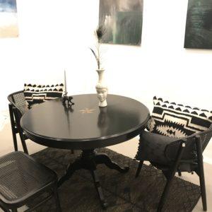 Table ronde noire étoile